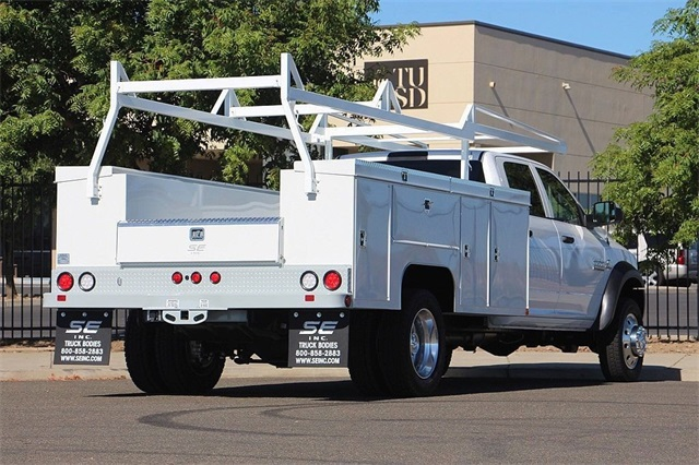 2018 Ram 5500 Crew Cab DRW 4x4,  Service Body #N6230 - photo 2