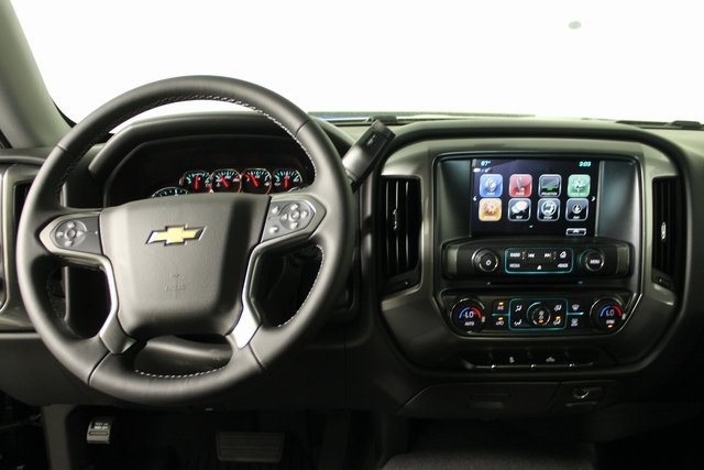 2018 Silverado 1500 Crew Cab 4x4,  Pickup #IT909 - photo 19