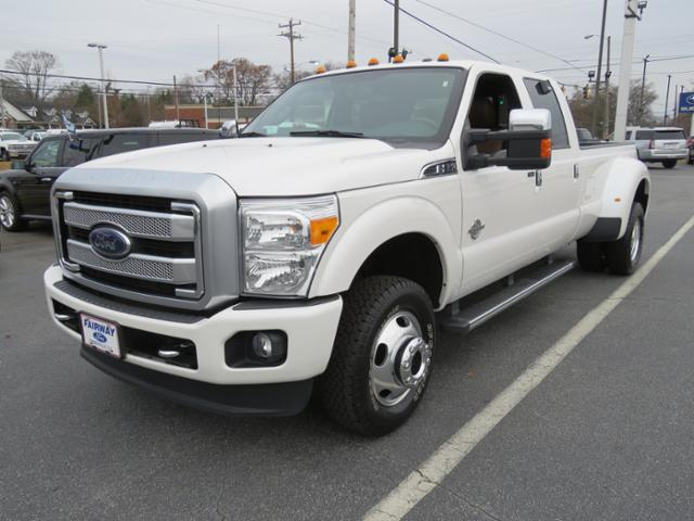 2016 F-350 Crew Cab DRW 4x4, Pickup #R766A - photo 4