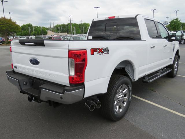 2018 F-250 Crew Cab 4x4, Pickup #S594 - photo 2