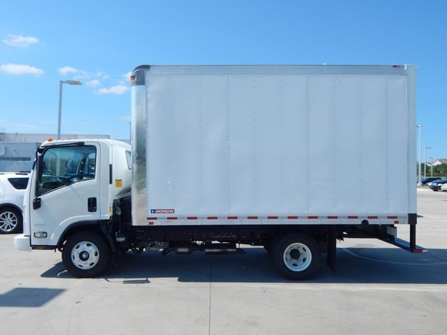 2016 Low Cab Forward Regular Cab, Dry Freight #16849 - photo 4