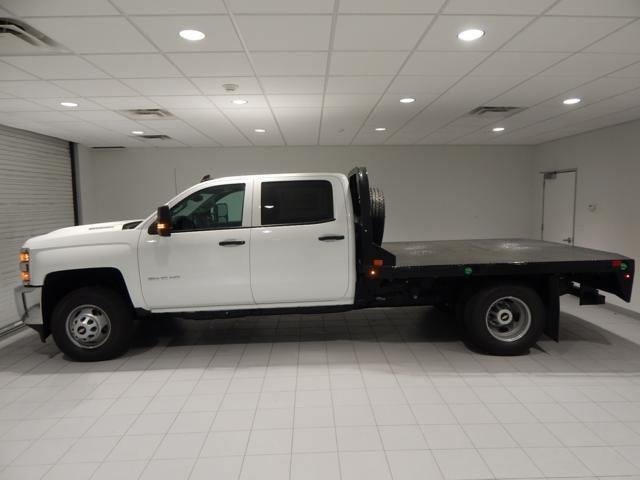 2018 Silverado 3500 Crew Cab 4x4, Platform Body #17450 - photo 5