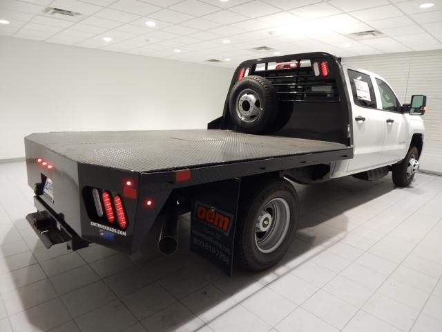 2018 Silverado 3500 Crew Cab 4x4 Platform Body #17450 - photo 2