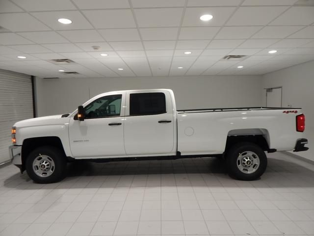 2018 Silverado 2500 Crew Cab 4x4 Pickup #17452 - photo 5