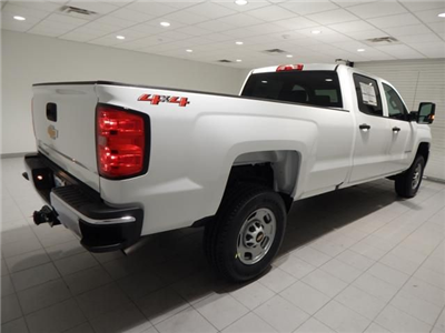 2018 Silverado 2500 Crew Cab 4x4 Pickup #17452 - photo 2