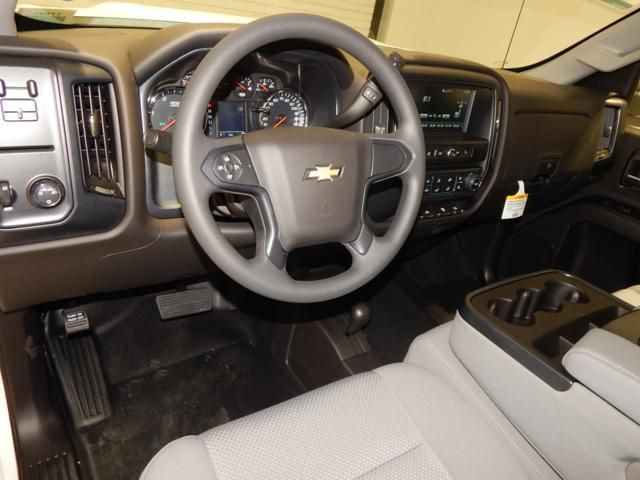 2018 Silverado 3500 Regular Cab 4x4 Cab Chassis #17501 - photo 8