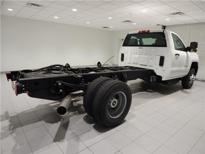 2018 Silverado 3500 Regular Cab 4x4 Cab Chassis #17501 - photo 2