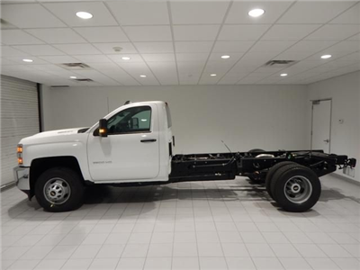 2018 Silverado 3500 Regular Cab 4x4 Cab Chassis #17501 - photo 5