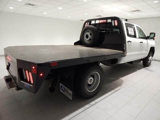 2018 Silverado 3500 Crew Cab 4x4 Platform Body #17502 - photo 2