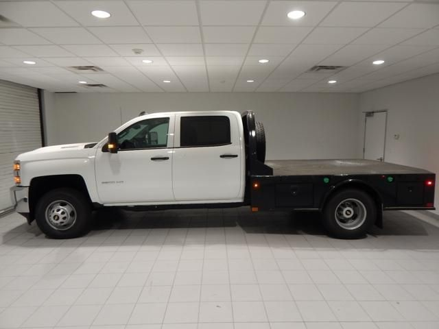 2018 Silverado 3500 Crew Cab 4x4 Platform Body #17507 - photo 4