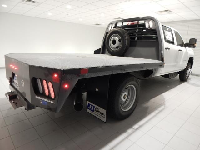2018 Silverado 3500 Crew Cab 4x4 Platform Body #17538 - photo 2