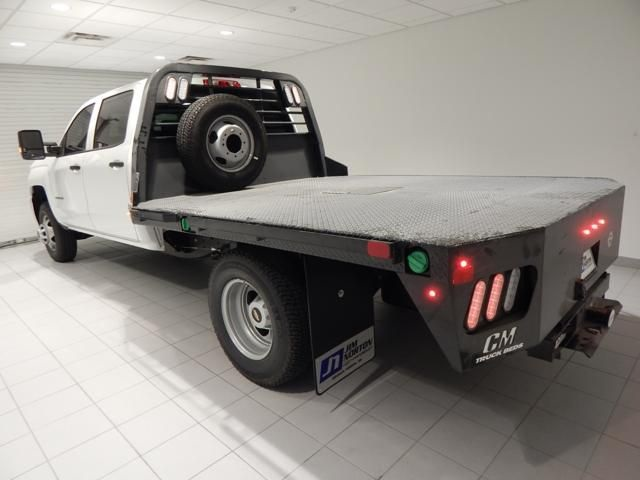 2018 Silverado 3500 Crew Cab 4x4 Platform Body #17538 - photo 4