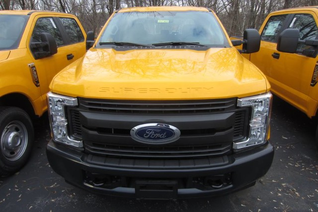 2017 F-350 Crew Cab 4x2,  Pickup #217303T - photo 3