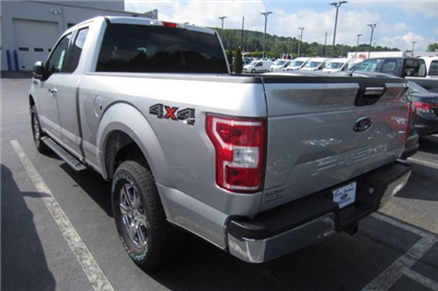 2018 F-150 Super Cab 4x4, Pickup #218001T - photo 2