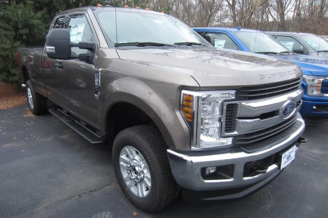 2018 F-250 Super Cab 4x4, Pickup #218160T - photo 4