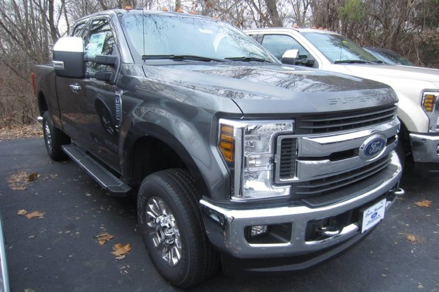 2018 F-250 Super Cab 4x4, Pickup #218184T - photo 4