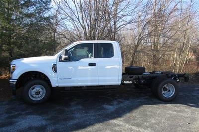 2019 F-350 Super Cab DRW 4x4,  Cab Chassis #219136T - photo 3
