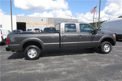 2015 F-250 Crew Cab 4x4,  Pickup #9365P - photo 8