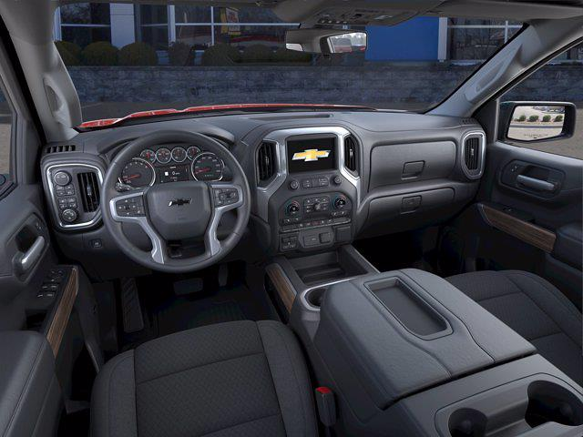 2021 Chevrolet Silverado 1500 Crew Cab 4x4, Pickup #15814 - photo 12