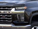 2021 Chevrolet Silverado 2500 Crew Cab 4x4, Pickup #15887 - photo 8