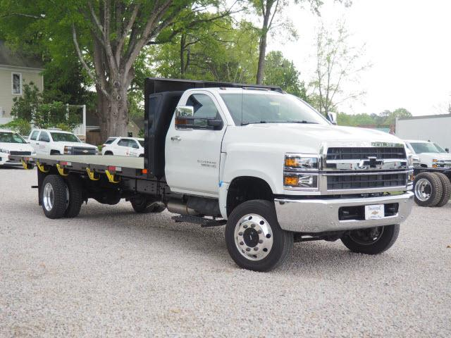 2019 Chevrolet Silverado 6500 Regular Cab DRW 4x4, PJ's Platform Body #2021 - photo 1