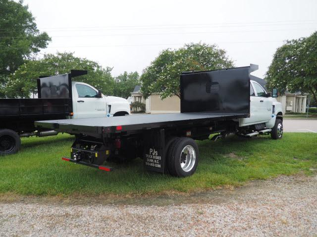 2020 Chevrolet Silverado 5500 Crew Cab DRW 4x4, PJ's Platform Body #2556 - photo 1