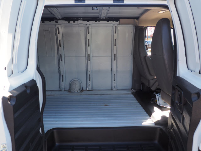 2015 Express 2500,  Empty Cargo Van #P9531 - photo 12