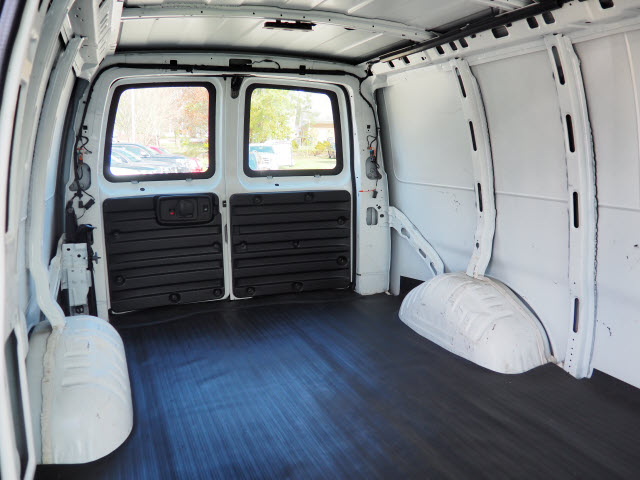 2015 Express 2500,  Empty Cargo Van #P9532 - photo 17
