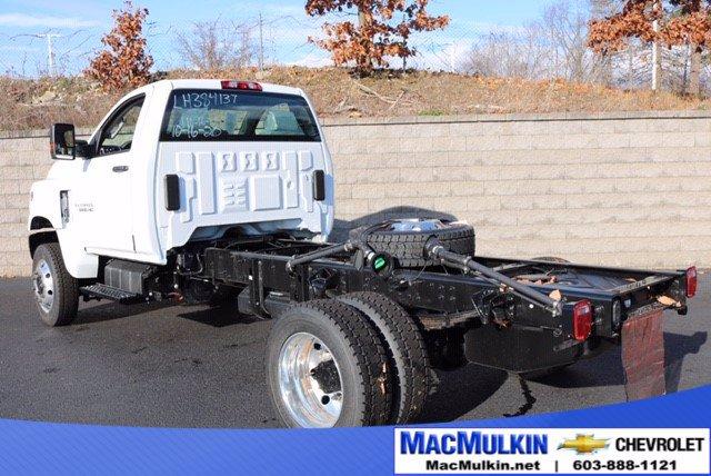 2020 Chevrolet Silverado Medium Duty Regular Cab DRW 4x4, Cab Chassis #T14263 - photo 1