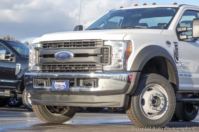 2017 F-450 Regular Cab DRW 4x4 Cab Chassis #T17133 - photo 3