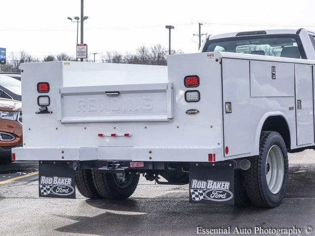 2017 F-450 Regular Cab DRW 4x4, Reading Classic II Steel Service Body #T17134 - photo 7