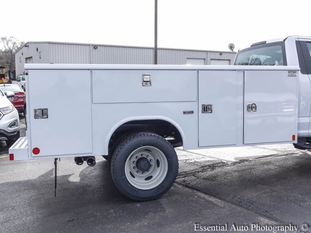 2017 F-450 Regular Cab DRW 4x4, Reading Classic II Steel Service Body #T17134 - photo 8