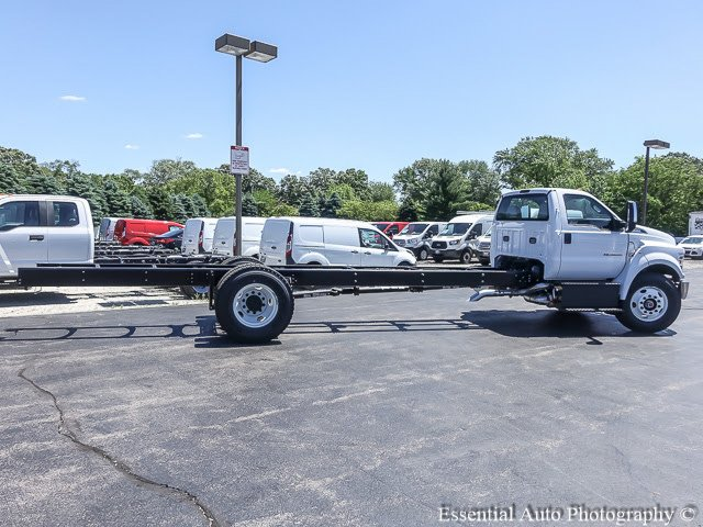 2017 F-750 Regular Cab Cab Chassis #T17374 - photo 10