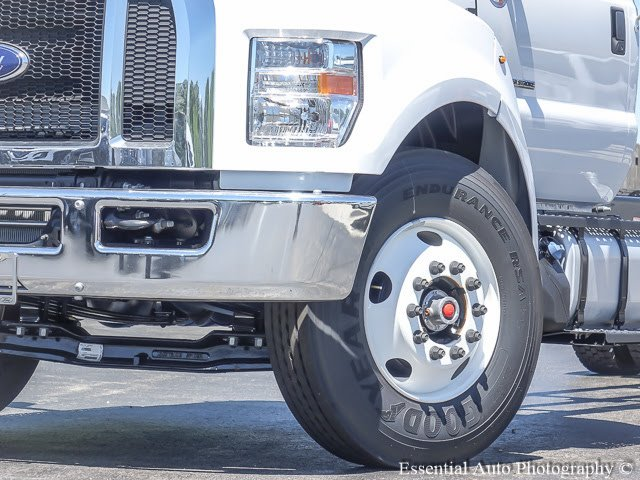 2017 F-750 Regular Cab Cab Chassis #T17374 - photo 4