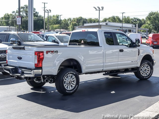 2017 F-250 Super Cab 4x4 Pickup #T17570 - photo 2