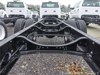 2017 F-650 Regular Cab, Cab Chassis #T17587 - photo 5