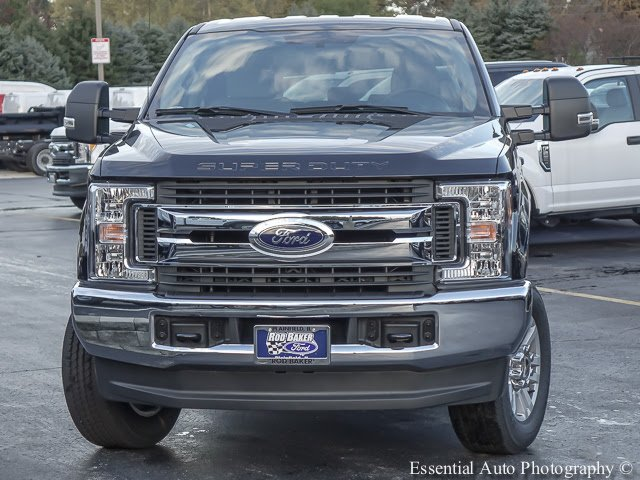 2017 F-250 Crew Cab 4x4 Pickup #T17656 - photo 5