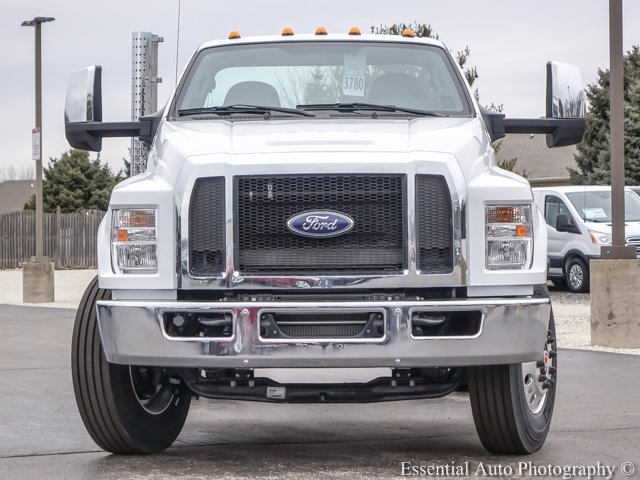 2018 F-750 Regular Cab DRW, Cab Chassis #T18093 - photo 5