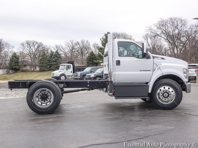 2018 F-750 Regular Cab DRW, Cab Chassis #T18093 - photo 10
