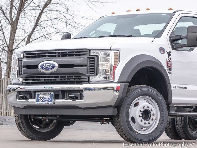 2018 F-450 Regular Cab DRW, Cab Chassis #T18112 - photo 3