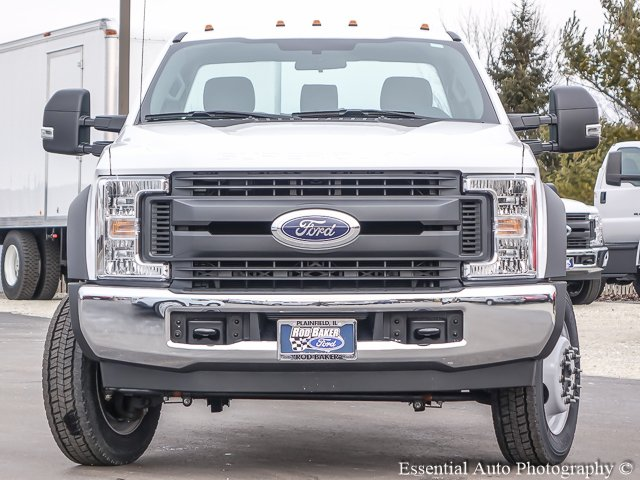 2018 F-450 Regular Cab DRW, Cab Chassis #T18112 - photo 5
