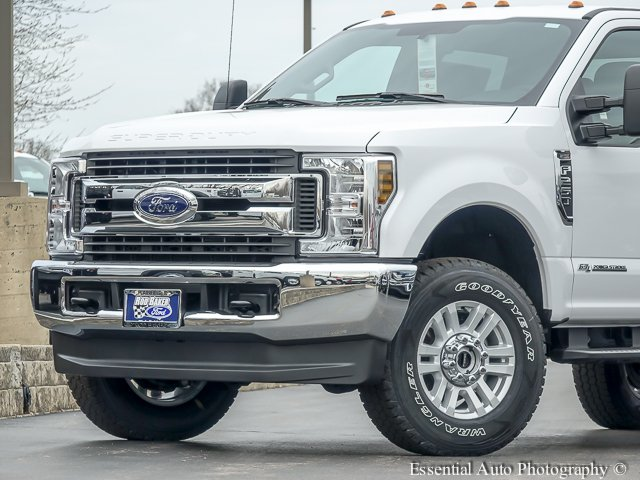 2018 F-250 Crew Cab 4x4,  Pickup #T18243 - photo 3