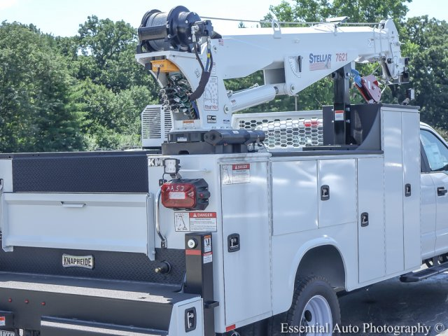 2018 F-550 Super Cab DRW 4x4,  Mechanics Body #T18360 - photo 10