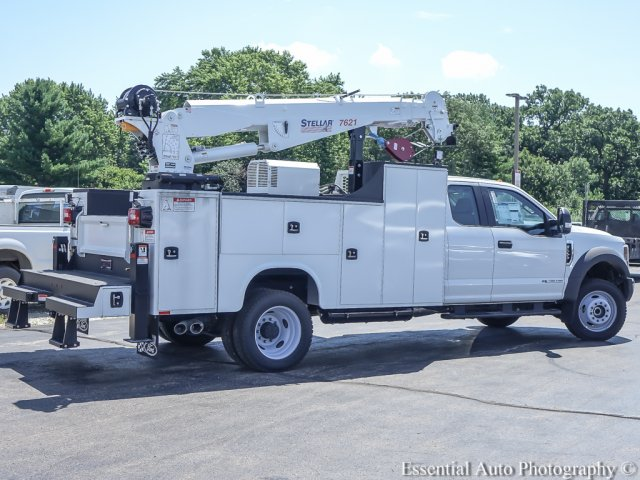 2018 F-550 Super Cab DRW 4x4,  Mechanics Body #T18360 - photo 2