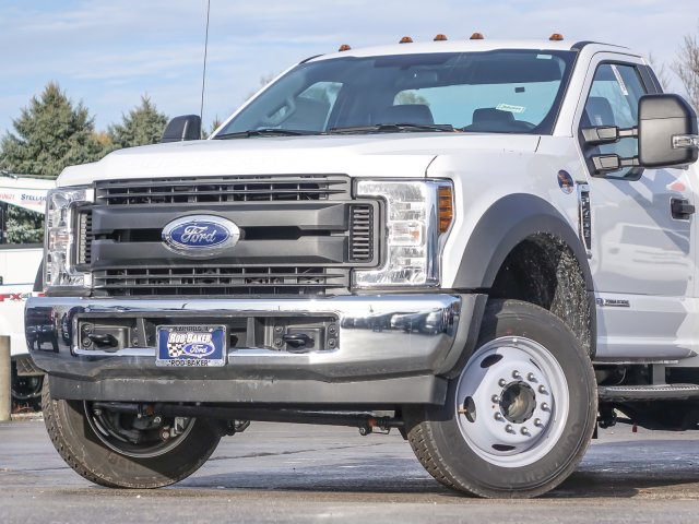 2018 F-450 Regular Cab DRW 4x2,  Reading Classic II Steel Service Body #T18543 - photo 3