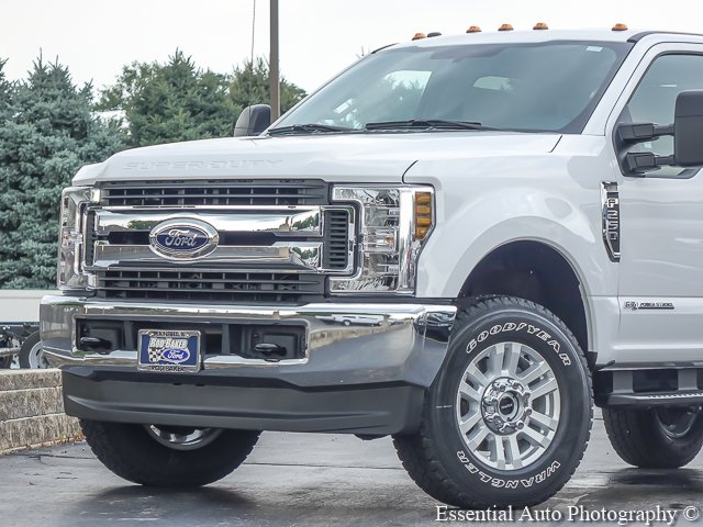 2019 F-250 Crew Cab 4x4,  Pickup #T19017 - photo 3