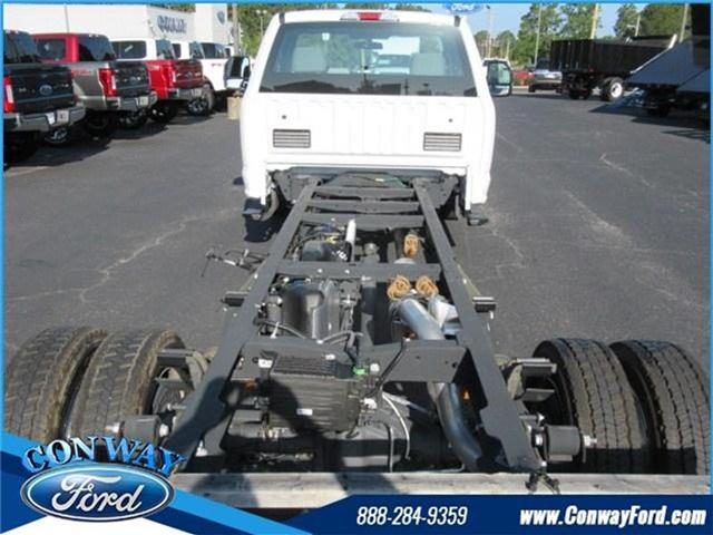 2017 F-550 Regular Cab DRW, Cab Chassis #27471 - photo 8