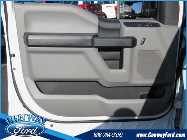 2017 F-550 Regular Cab DRW, Cab Chassis #27471 - photo 13