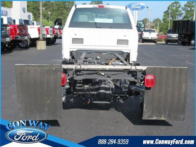 2017 F-550 Regular Cab DRW, Cab Chassis #27471 - photo 3
