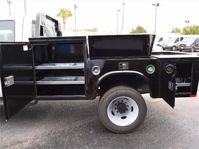 2016 F-550 Crew Cab DRW 4x4, Knapheide Platform Body #27572 - photo 16
